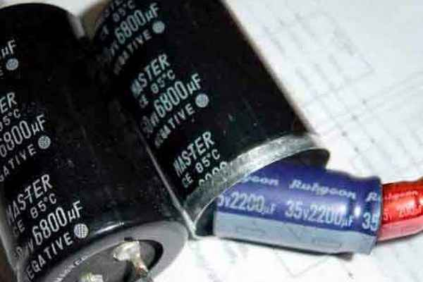 Замена неполярных конденсаторов полярными - что нужно знать?